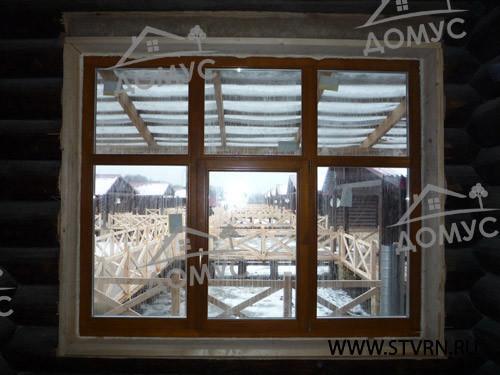 Деревянные окна на турбазе