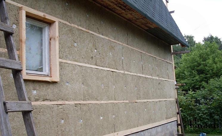 Утепление деревянного дома минватой