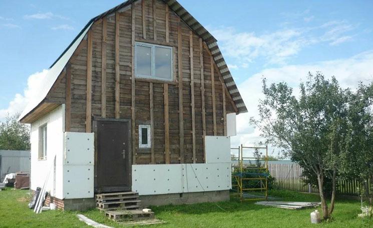 Утепление деревянного дома пенопластом